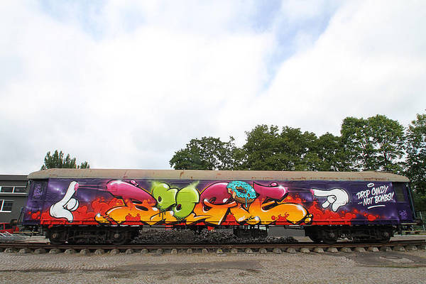 GW Team's flick on Molotow Train .